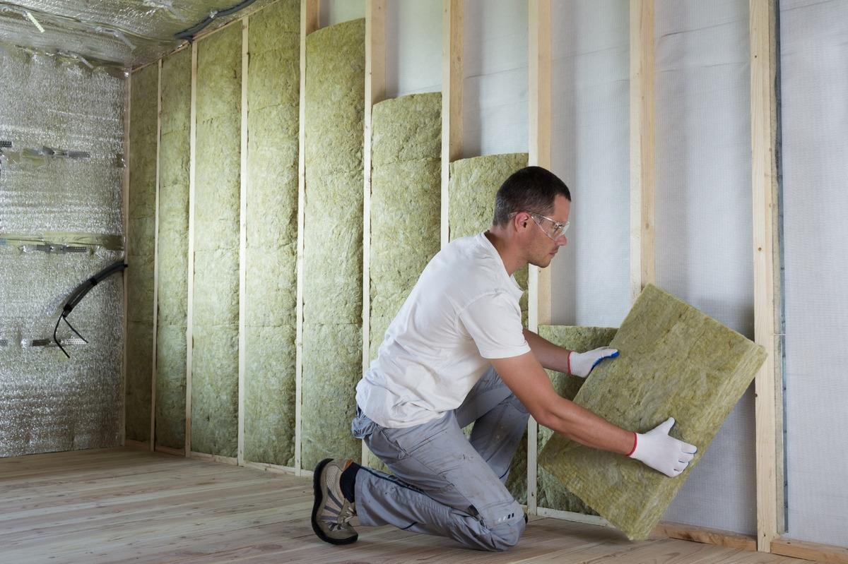 Travaux d'isolation de murs intérieurs